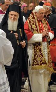 Paus Dgn Patriak Bartholomeus Di kapel Sistina 181008